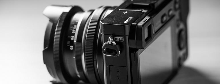 Camara Sony a6000 una buena opción para las fotografías