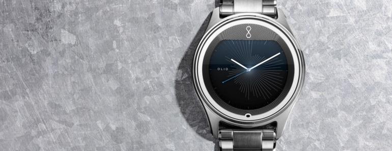 Olio relojes smartwatch con estilo y tiempo de oro
